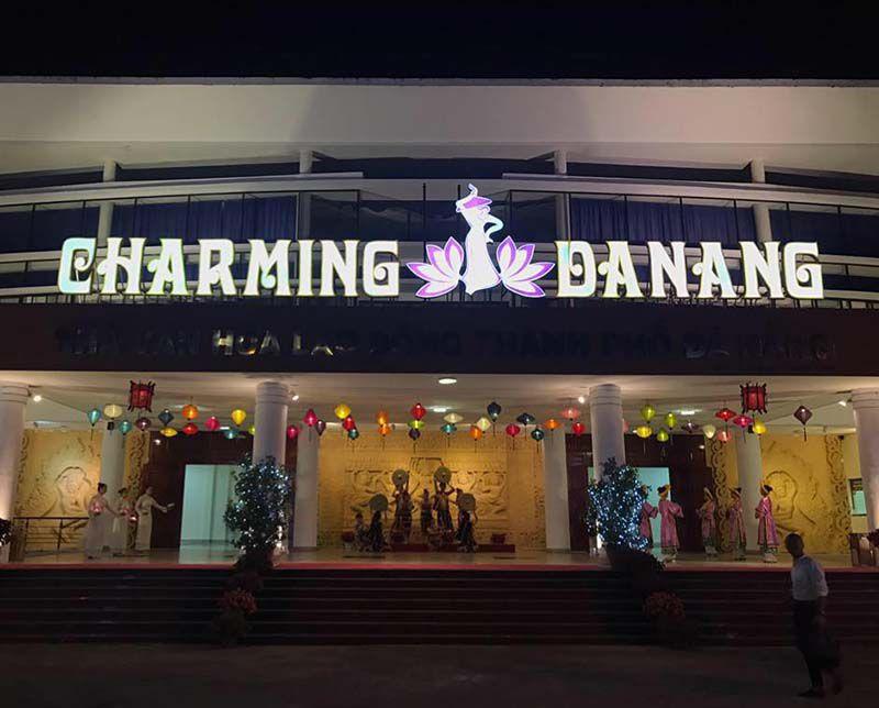 charming da nang show
