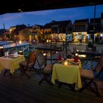 cinnamon cruise dinner hoi an