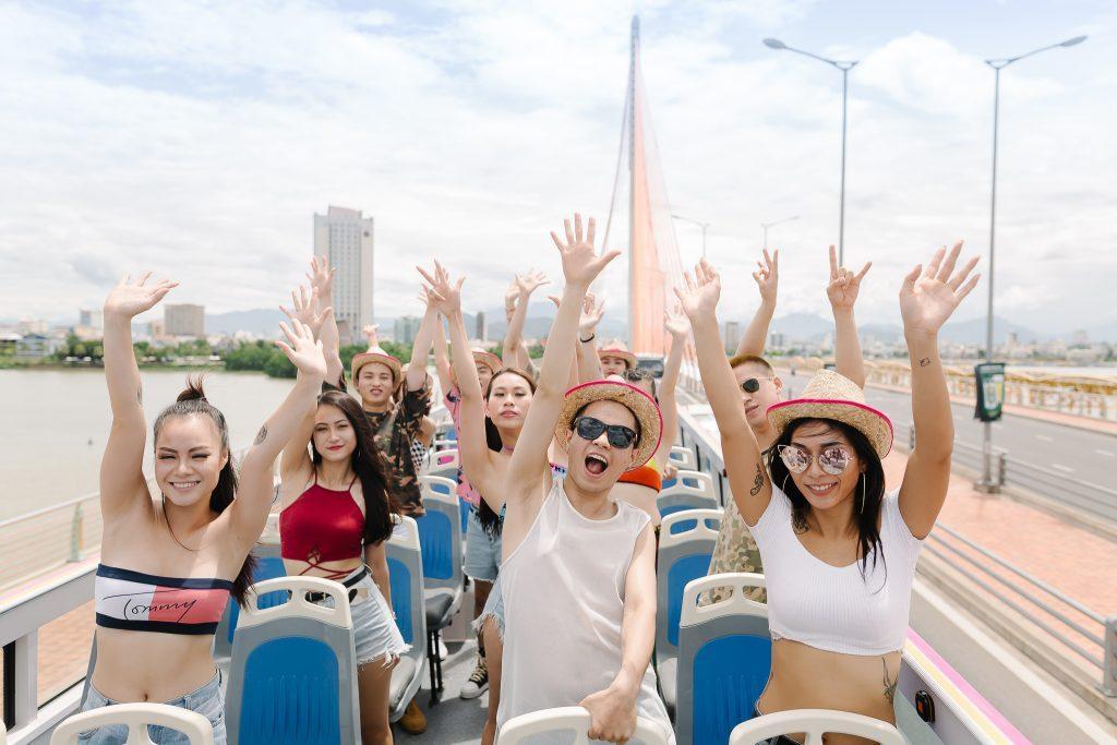 double decker bus city tour da nang