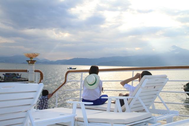 harems 2 cruise da nang