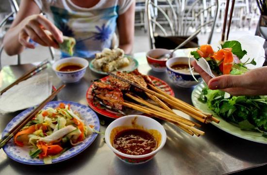 hoi an street eat tour