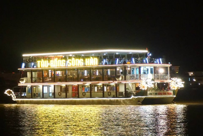 Dinner Cruise On Han River Da Nang  Da Nang Foodie Tour